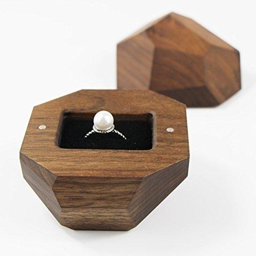 73 geschenke zur verlobung. Black Bedroom Furniture Sets. Home Design Ideas