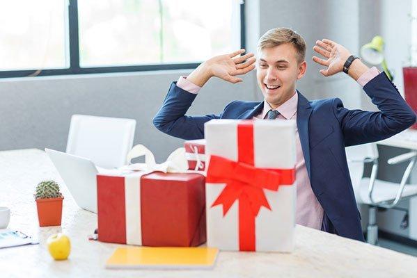 Weihnachtsgeschenke Mitarbeiter.Ratgeber Weihnachtsgeschenke Für Mitarbeiter